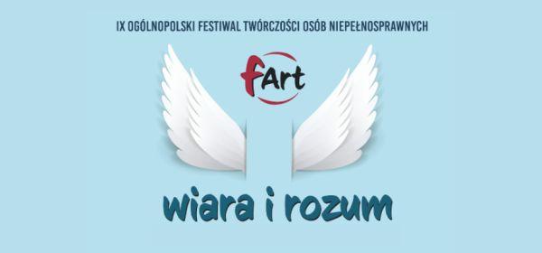 Plakat festiwalu. Na środku znajdują się dwa białe skrzydła a pod spodem napis wiara i rozum