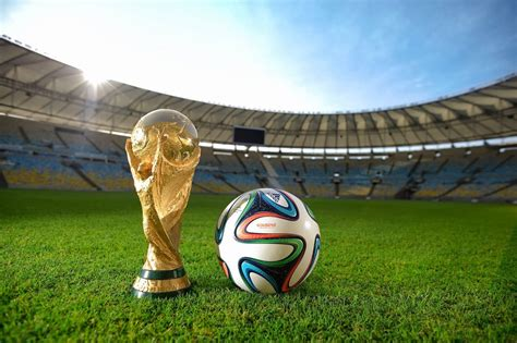 LIST OF FIFA WORLD CUP FINALS (FROM 1930 TO 2014)
