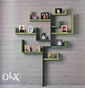 13 ide kreatif hiasan dinding kamar tidur ideproperti anda bisa menjadikan beberapa bingkai foto tersebut sebagai hiasan dinding misalnya dengan membentuk pola pohon atau semacam thecheapjerseys Image collections