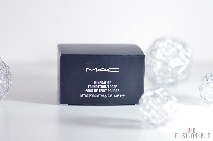 Woman-Day MAC Mineralize Loose Foundation