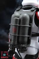Star Wars Black Series Incinerator Trooper 10