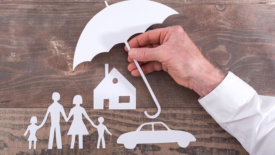 Memilih Asuransi yang Tepat untuk Ibu Rumah Tangga