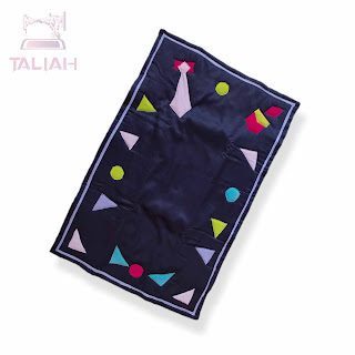 https://taliah-style.com/product/blue-florid-rug/