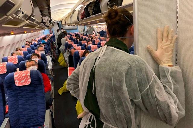 Así es volar en los días del coronavirus: las medidas de las aerolíneas para alertar y proteger a los pasajeros