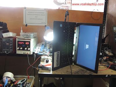 Service Laptop Acer Aspire E1 Blue Screen