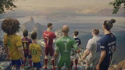 Fotboll är vår sport och vi är alla på samma lag