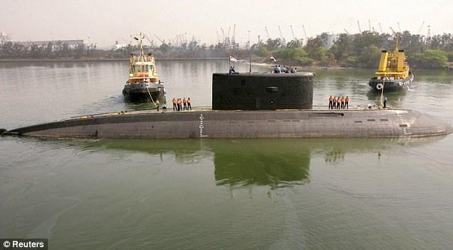 Indian Navy submarine explosion in Mumbai Port leaves 18 sailors deadIndian Navy Submarine