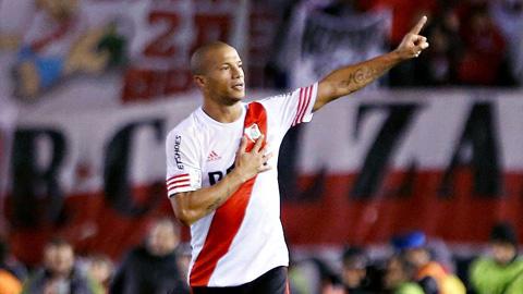Cầu thủ Sanchez xứng đáng dành giải thưởng cầu thủ xuất sắc nhất Nam Mỹ năm 2015.