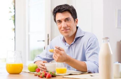 أطعمة تساعدك على التركيز والحفظ