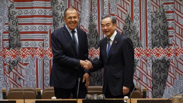 Rusia y China prometen lazos fuertes contra unilateralismo de EEUU