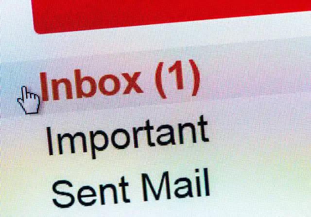 لماذا أغلب SMPT توصل على شكل رسائل سـ،ـبام ؟