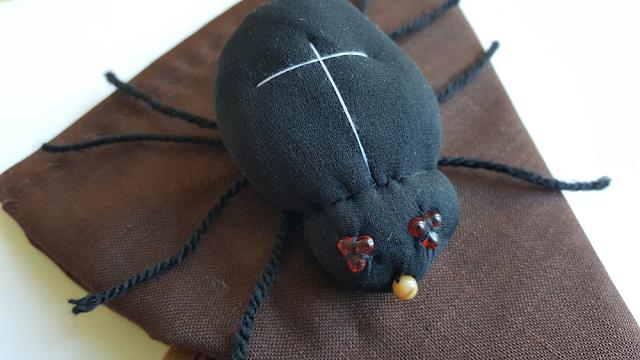 Vyrobte si doma svého pavoučka