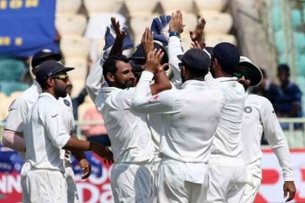 भारत ने पहले टेस्ट में इंग्लैंड को पटना, 1-0 से बनायी बढ़त