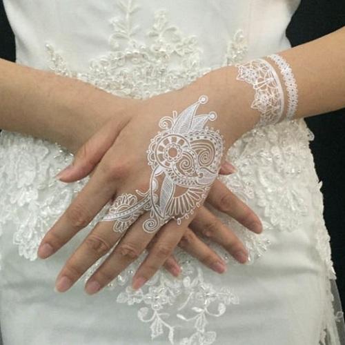 35 Gambar Henna Putih Trend 2019 Simple Cantik Dan Elegan