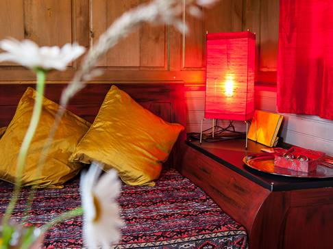 20 lodges with hot tubs within a 2 hour drive of Newcastle Upon Tyne - Roulotte Retreat