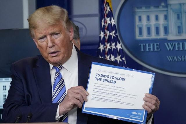 Tổng thống Trump ký sắc lệnh chống tích trữ và đầu cơ các 'nhu yếu phẩm'