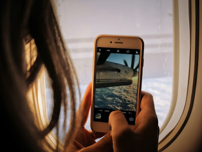 phone on plane