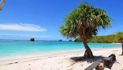 Pantai Serenting di Lombok Barat