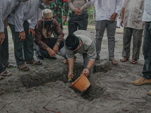 """Wakil Bupati Lingga Lakukan Peletakan Batu Pertama """"Kampung Qur'an"""""""