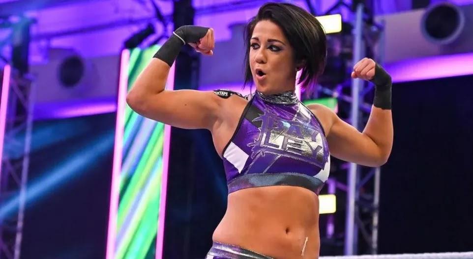 "Bayley lança ""teaser"" misterioso durante o WWE RAW"