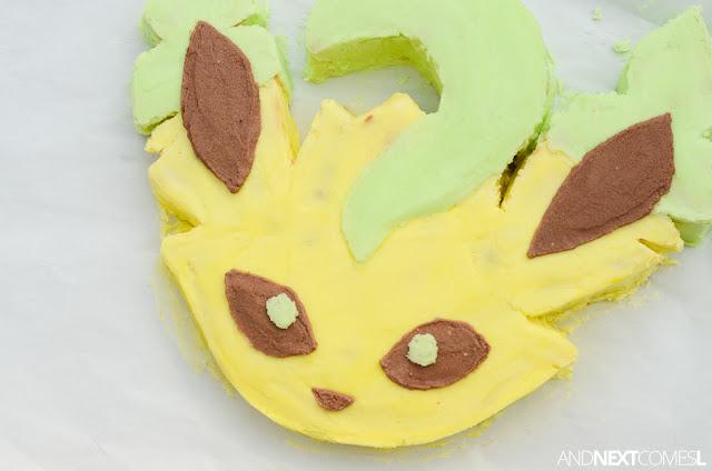 Leafeon Pokemon birthday cake ideas