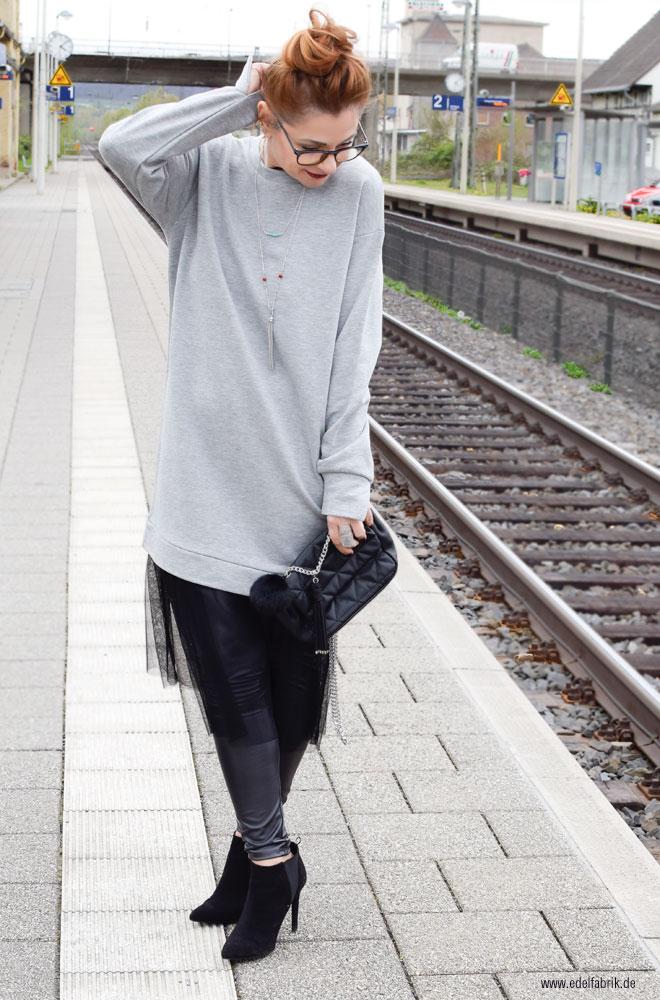 schwarzer Tüllrock, Lederleggings, gesteppte, schwarze Handtasche, Fashion