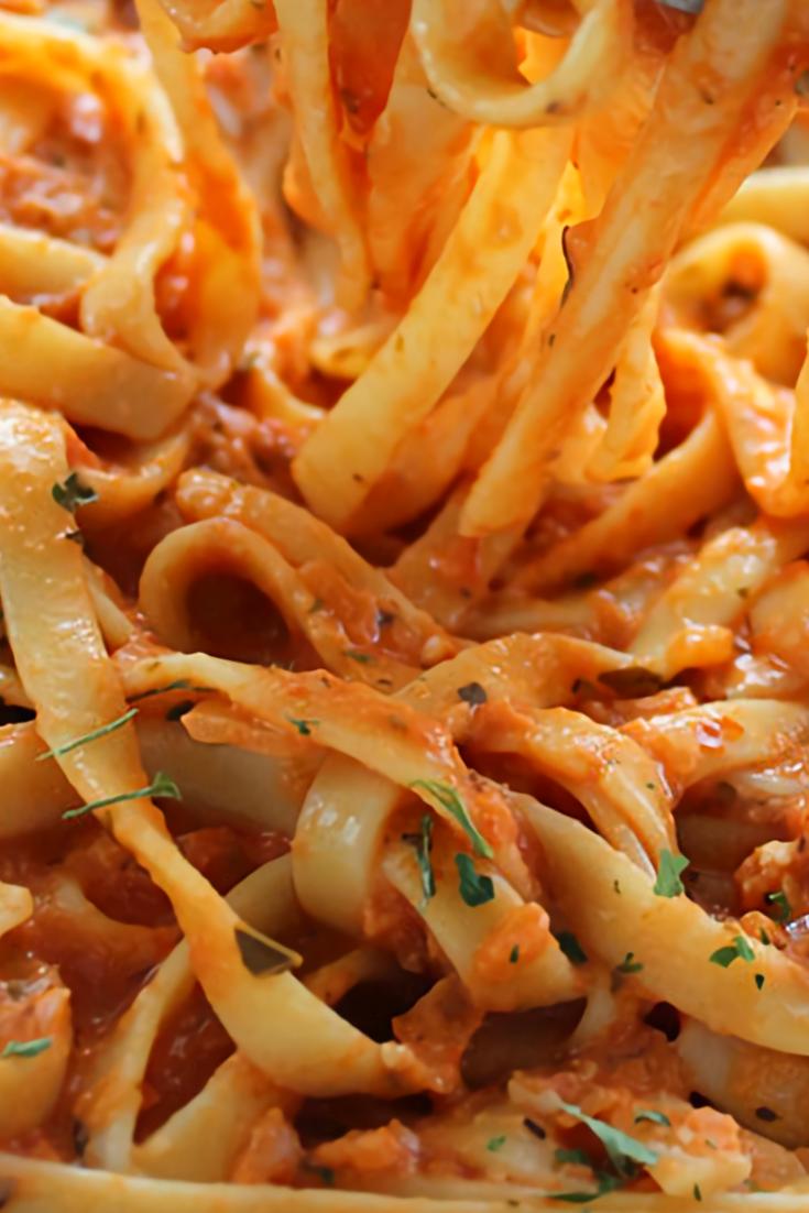 Creamy Tomato Fettuccini Recipe