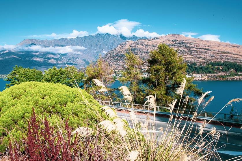 Queenstown and Lake Wakatipu, New Zealand.