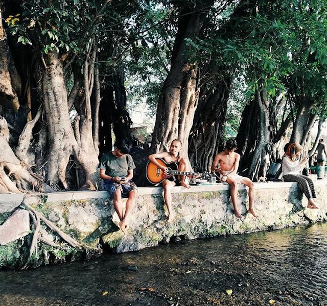 Lagu penyemangat mendaki & Traveling
