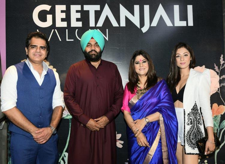 MP Gurjeet Singh Aujla, actress Sukhmani Sadana, Geetanjali Salon's MD Sumit Israni and Geetanjali Salon's partner Meeta Mehra poses during a launch of Geetanjali Salon at Mukut House in Amritsar (Photo: Nannu Studio)