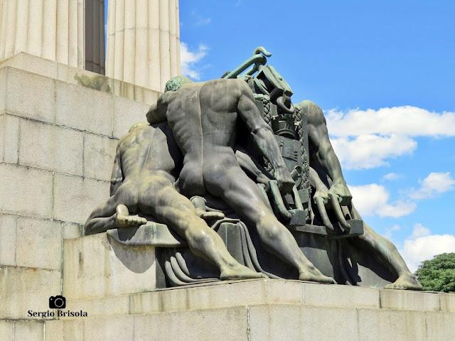 Os Construtores - Monumento a Ramos de Azevedo