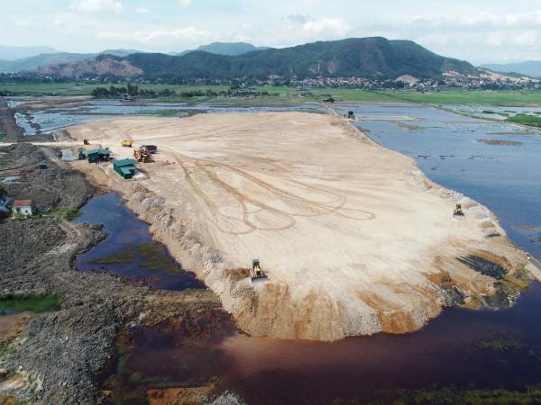 Đẩy nhanh tiến độ thi công KCN Sông Khoai