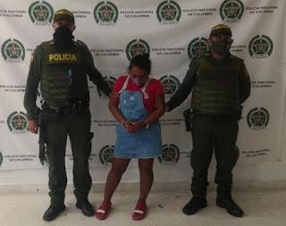 hoyennoticia.com, Mujer llevaba coca al centro de reclusos de menores de Riohacha