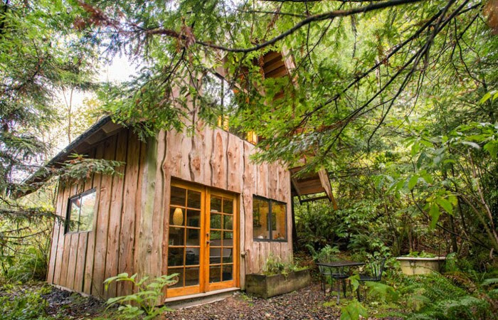 Cabin Fever Six Weekend Cabins To Dream About Poppytalk