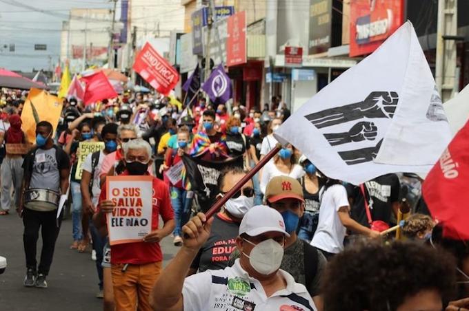 #24J: Manifestações contra Bolsonaro ocorreram em mais de 10 cidades do Ceará