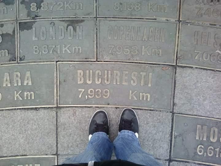 companioni militari se datorează site- ului Caut barbati din București