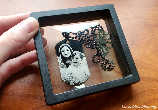 pictures on gold, picture necklace, custom jewelry, laser engraving, laser jewelry, dog tag jewelry, mens jewelry