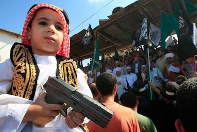 http://1.bp.blogspot.com/-MDwBj4rLa6E/UFU2vgLRxzI/AAAAAAAARys/Sep7tUFdkaI/s640/muslims-protests.jpg