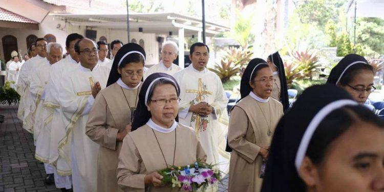 Doa Khusus untuk Para Biarawan-Biarawati