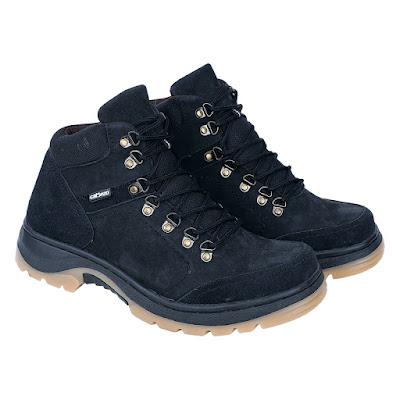 Sepatu Adventure Pria Catenzo RI 612