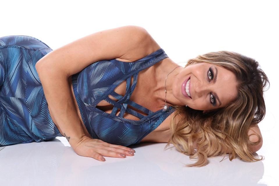 A ex-dançarina do É o Tchan mostrou a boa forma. Foto: Priscyla Lippert/Renato Cipriano - Divulgação