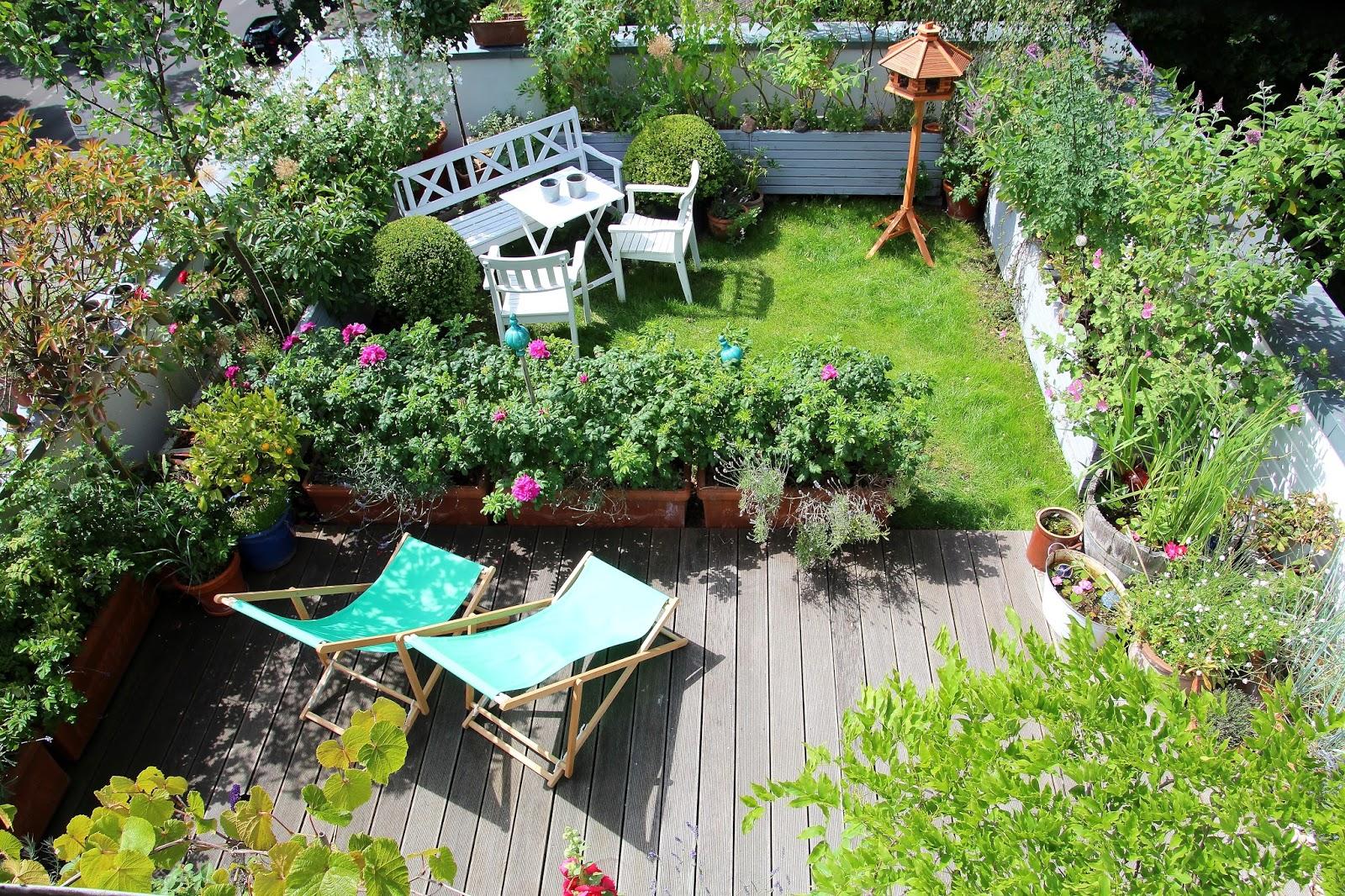 ein cottage garten auf dem dach 07 10 16. Black Bedroom Furniture Sets. Home Design Ideas