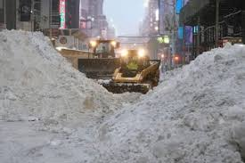 Snowstorm blankets USA east coast, threatening vaccine rollout