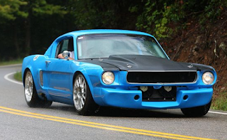 Calm blue color in mustang muscle car