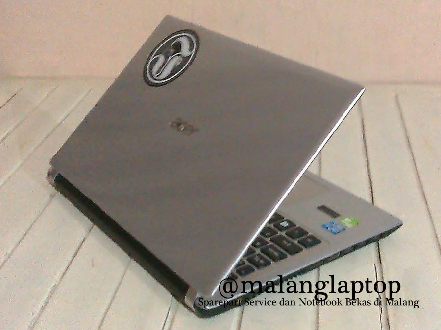 Laptop Bekas Game Acer V5