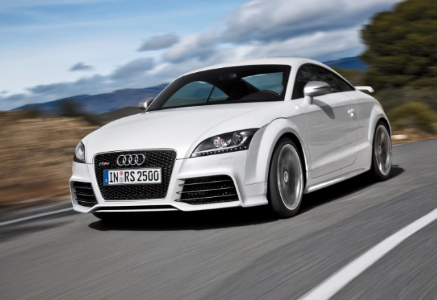 2016 Audi TT RS Coupé REVIEWS AND SPECIFICATIONS