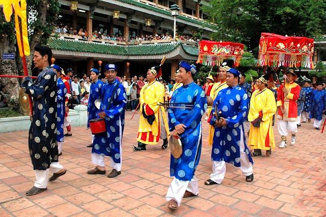 Ba Chua Xu festival in Chau Doc, An Giang 4