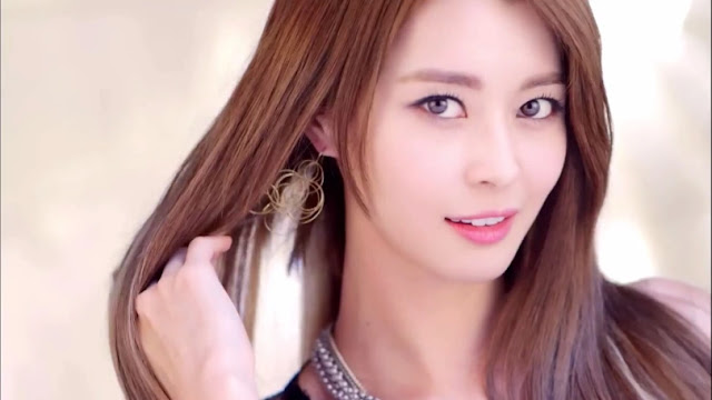 Cara Tampil Cantik Ala Artis Korea Kwon Nara
