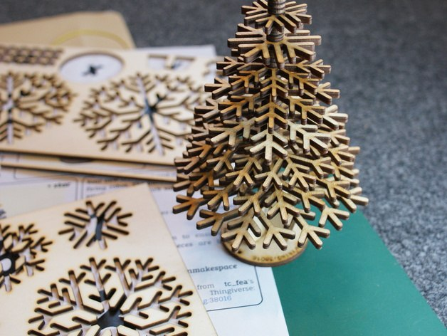 Лазерная резка Новогодних украшений,елки,снежинки,