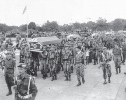 Jenazah para jenderal korban G 30 S/PKI dimakamkan di Taman Makam Pahlawan Kalibata. Mereka diberi gelar Pahlawan Revolusi.